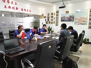 卢湘仪离心机与某检公司合作实现机器抓手自动化检测