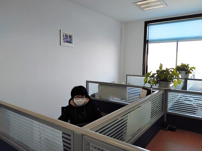 每个员工设置独立办公室,并做好个人防护工作.jpg